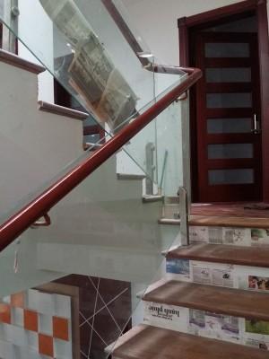 Cầu Thang Kính 72