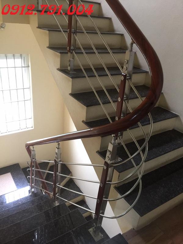 Cầu thang đẹp giá rẻ Hà Nội