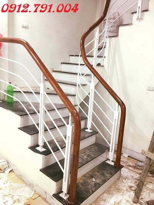Cầu thang sắt Hà Nội giá rẻ