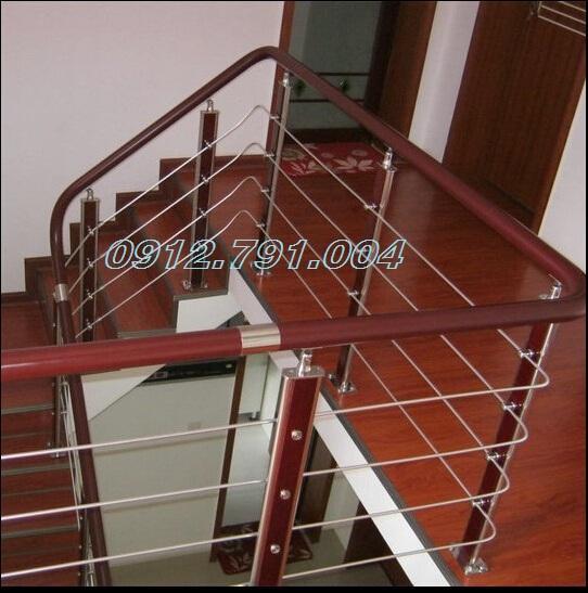 Cầu thang tay vịn nhựa Hà Nội có những đặc điểm gì?