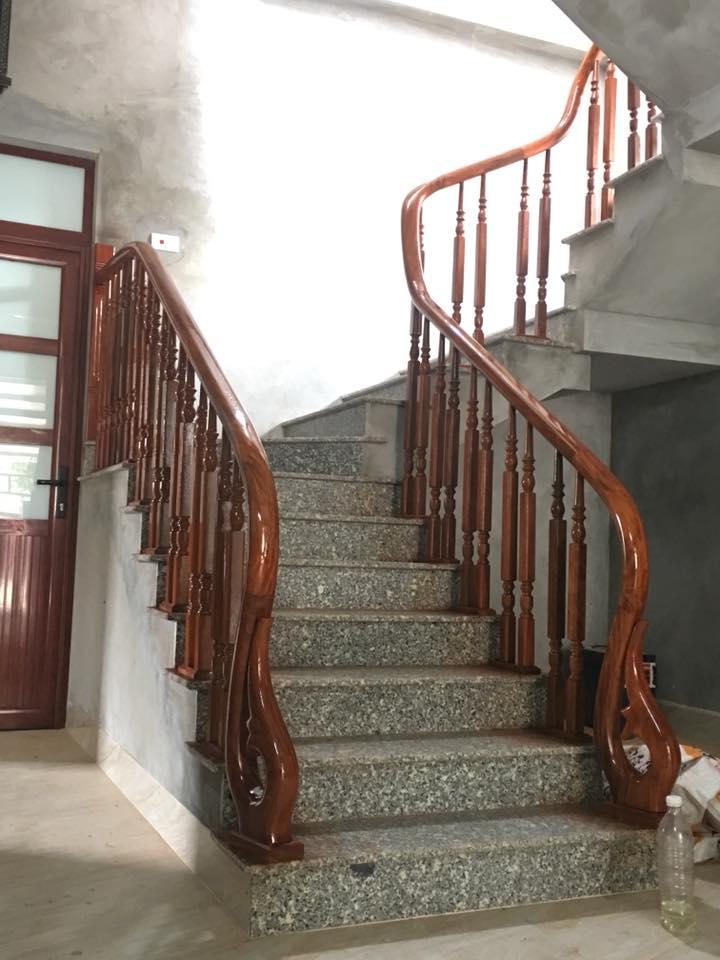 Những lưu ý khi thiết kế cầu thang gỗ