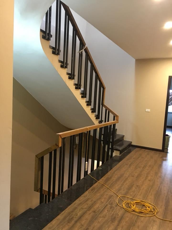 Những phụ kiện cần thiết của cầu thang
