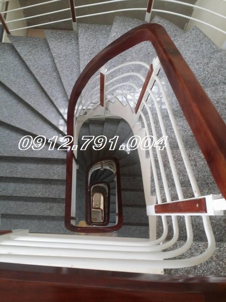 Cầu Thang Sắt 58